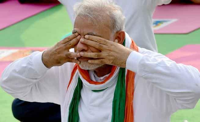 உலகம் முழுவதும் யோகா தின கொண்டாட்டம் பிரம்மாண்டம்:  இந்தியாவில் குக்கிராமங்களிலும் உற்சாக பயிற்சி