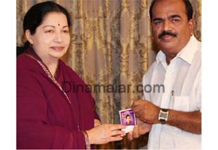 Nanjil Sampath joins AIADMK; appointed deputy propaganda secy