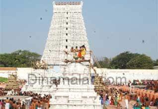 திருச்செந்தூரில் வருஷாபிஷேகம்