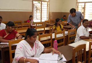 ஆசிரியர்கள் நியமனத்திற்கு அடுத்த பட்டியலில்  15,000 பேர் :  டி.இ.டி., மூன்றாம் தேர்வு தேதி விரைவில் அறிவிப்பு,TRB plans to select 15,000 teachers from TED exam