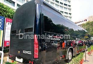 'Luxury on wheels' bus rolls out from Delhi,ஆடம்பர விமான வசதி அதிநவீன சொகுசு பஸ்