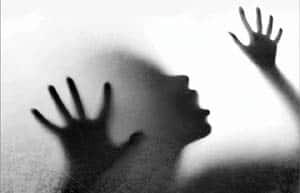 ம. பியில் ஒரு அதிர்ச்சி சம்பவம்: 8 பேர் சிக்கினர் !