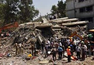 அடுக்கு மாடி கட்டடம் இடிந்த விவகாரம் தானே மாநகராட்சி துணை ஆணையர் உட்பட 9 பேர் கைது