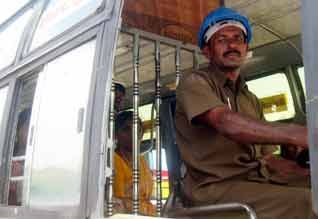 PMK  violence: helmet compulsory for bus drivers, Government Action