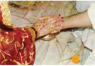 பொய் புகார் பெண்களால் ஆண்களுக்கு கொடுமை: சட்டத்தை திருத்த, மத்திய அரசு முடிவு