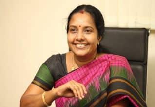Tamilnadu Assembly Election News: கோவை ; வானதி சீனிவாசன் மீது தாக்குதல்