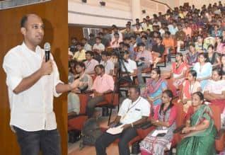 'யூ டியூப் மேக் இன் இந்தியா'வை உருவாக்க வேண்டும் : 'மெட்ராஸ் சென்ட்ரல்' நிறுவனர் பேச்சு