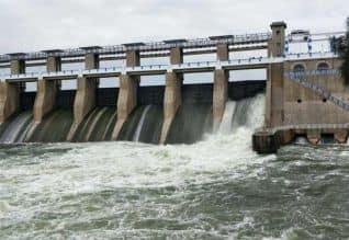 கிருஷ்ணகிரி அணை, ஷட்டரில், திடீர் உடைப்பு  5 மாவட்டங்களுக்கு, வெள்ள அபாய ,எச்சரிக்கை
