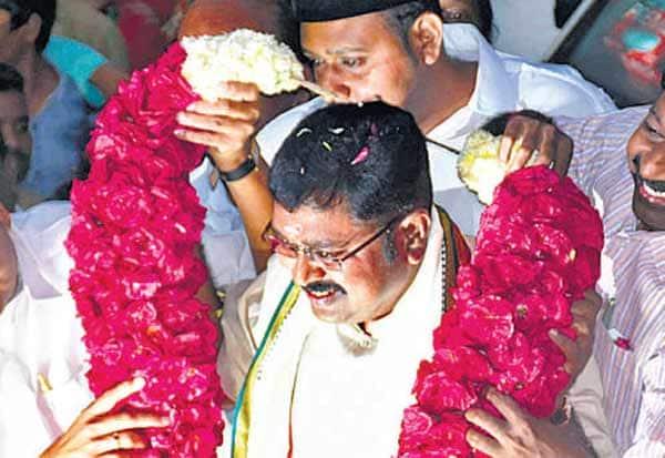 ஆர்.கே.நகர்,RK Nagar, தினகரன்,Dinakaran, கணபதி ஹோமம், தண்டையார்பேட்டை,Tondiarpet,  ஜெயா டிவி,Jaya TV, எம்.எல்.ஏ, MLA,