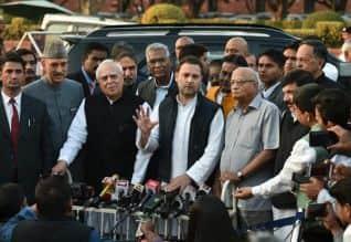 நீதிபதி லோயா மரணம்,  எஸ்ஐடி விசாரணை, காங்கிரஸ் தலைவர் ராகுல்,  Congress leader Rahul, எதிர்க்கட்சிகள் கோரிக்கை,  சிறப்பு புலனாய்வு குழு , ஜனாதிபதி ராம்நாத் கோவிந்த்,president Ramnath Govind, உச்ச நீதிமன்றம்,Judge Loya death, Opposition,     Supreme Court, SIT inquiry, opposition parties demand, special intelligence Team,
