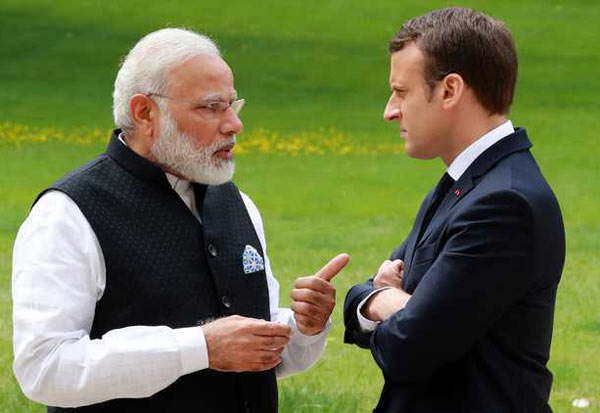 Immanuel McGran,PM Modi,  Varanasi,பிரான்ஸ் அதிபர் மெக்ரான், இம்மானுவெல் மெக்ரான், பிரதமர் மோடி, வாரணாசி ,  உத்தர பிரதேசம் ,மெக்ரான் இந்தியா வருகை, France President McGran, Prime Minister Modi, Uttar Pradesh, visit to McGran India,