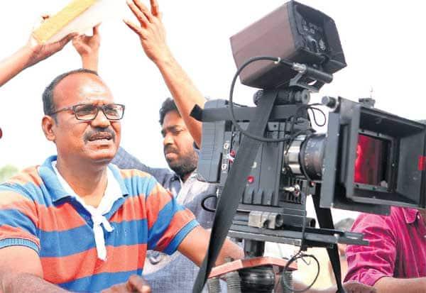 அடுத்த படத்திற்காக 15 ஆண்டுகள் காத்திருந்தேன் : விஜய் பட இயக்குனர் ரவி அப்புலு