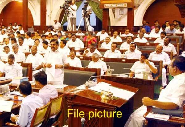 தமிழக சட்டசபை, முதல்வர் பழனிசாமி, சூரிய சக்தி பம்புசெட்கள், சூரிய சக்தி கொள்கை,  விவசாயிகள்,  Tamil Nadu Assembly, Chief Minister Palanisamy, Solar Power Pumps, Solar Energy Policy, Farmers,