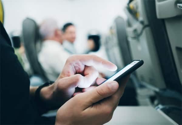 TRAI, Flight Internet service,   Telecom service,விமானம், விமானத்தில் மொபைல் போன், விமானத்தில் இன்டர்நெட் சேவை,  தொலை தொடர்பு துறை, டிராய்,  Airoplane,flight mobile phone service, flight internet ,  Internet service on the plane,