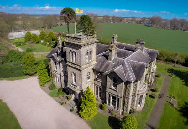 Indian Billionaire,Buys,2 Million Pound,Scottish,Mansion,University,Daughter