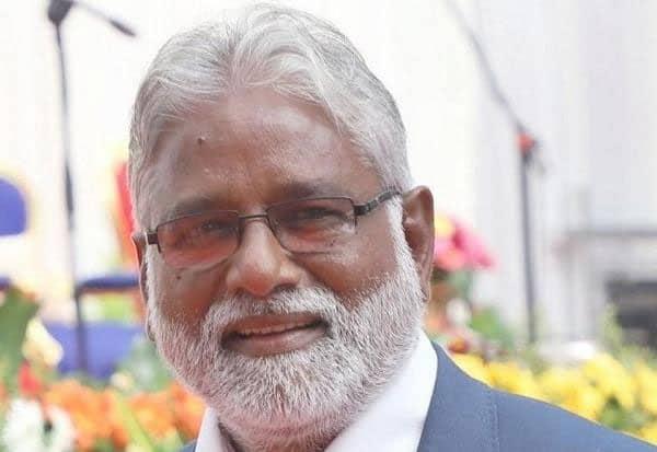 கர்நாடக கல்வி அமைச்சர் திடீர் ராஜினாமா:  குமாரசாமி ஆட்சிக்கு சிக்கல்: