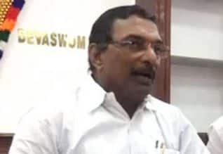 முடிவெடுக்க தேவசம்போர்டுக்கு அதிகாரம்: கேரள அரசு