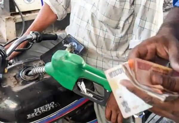 Today Petrol Price,Today Diesel Price,  Today petrol price in Chennai, Today Diesel price in Chennai, இன்று பெட்ரோல் விலை,  இன்று டீசல் விலை, சென்னை பெட்ரோல் விலை, சென்னை டீசல் விலை, பெட்ரோல் விலை, டீசல் விலை,  தமிழ்நாடு பெட்ரோல் விலை, தமிழ்நாடு டீசல் விலை, Chennai, பெட்ரோல் டீசல் விலை, பெட்ரோல் டீசல் விலை உயர்வு,இன்றைய பெட்ரோல் விலை ,இன்றைய டீசல் விலை,   Tamil Nadu, Today petrol rate in Chennai , Today Petrol Diesel Rate in Chennai , Today diesel rate in Chennai , Petrol price in Chennai today , Diesel price in Chennai today,petrol price ,diesel prices , Crude oil,கச்சா எண்ணெய்,Petrol,diesel,பெட்ரோல், டீசல், பெட்ரோல் டீசல் விலை, பெட்ரோல் விலை, டீசல் விலை, பெட்ரோல் டீசல் விலை உயர்வு ,