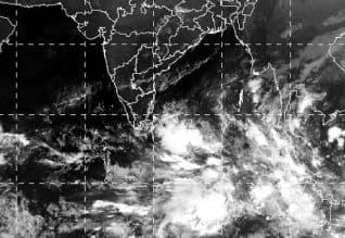 வலுவாகுது,பெய்ட்டி,புயல் சின்னம்,சென்னை,மழை,கொட்டும்