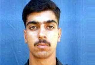 கார்கில் போர்: கேப்டன் காலியா கொல்லப்பட்டதை அம்பலபடுத்திய மாஜி வீரர்