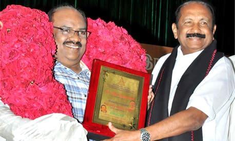 இந்த விருதும் ஓர் அரசியல்தான் - எழுத்தாளர் எஸ்.ராமகிருஷ்ணன்