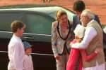 கனடா பிரதமருக்கு சிவப்பு கம்பள வரவேற்பு