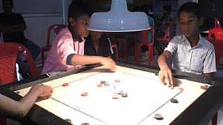 நேரு ஸ்டேடியத்தில் கேரம் டோர்னமென்ட்