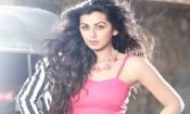நடிகைக்கு அழகு மட்டும் போதாது: நிக்கி கல்ராணி