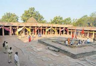 போஜ்சாலாவில் பஞ்சமி' விழா : அமைதியான வழிபாடு