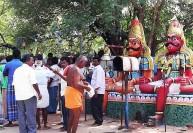 ஆண்கள் மட்டுமே வழிபடும் கோவில்  300 ஆண்டாக தொடரும் சம்பிரதாயம்