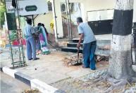 'ரூட்'டை மாத்துங்க! வி.ஐ.பி.,க்கள் செல்லும் சாலைகள் மட்டுமே 'பளிச்': மாற்றுப்பாதைகளில் பயணித்தால் மாற்றம் வரலாம்!