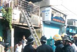 மும்பை மருந்து கடையில் தீ : 8 பேர் பலி