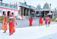 பழநி கோயில் வெளிப்பிரகாரத்தில் சூட்டை தணிக்கும் 'கூல் பெயின்ட்' : பக்தர்களுக்காக ஏற்பாடு