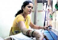 நெசவாளர் தேசிய விருதுக்கு காஞ்சி பெண் தேர்வு : மேலும் இருவருக்கு தேசிய நற்சான்றிதழ்