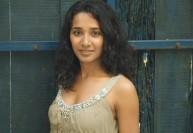 'இதுதான் கிண்டலா' : பிரபல நடிகை ஆவேசம்