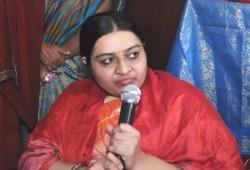 சசிகலாவுக்கு நான் பயப்பட மாட்டேன்: தீபா