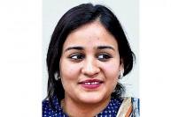 அகிலேஷ் தம்பி மனைவிக்கு 'சீட்' : களைகட்டுகிறது உ.பி., தேர்தல் களம்