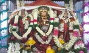 உப்பூர் வெயிலுகந்த விநாயகருக்கு இரு தேவியருடன்
