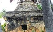 திருப்புல்லாணியில்  சேதமடைந்த பழமையான கோட்டம்