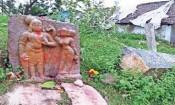 வேகவதி நதிக்கரையில் 15 ம் நுாற்றாண்டு நடுகல்: