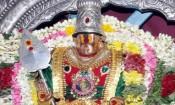 பழநியில் குவிந்த பக்தர்கள்: 3 மணிநேரம் காத்திருப்பு