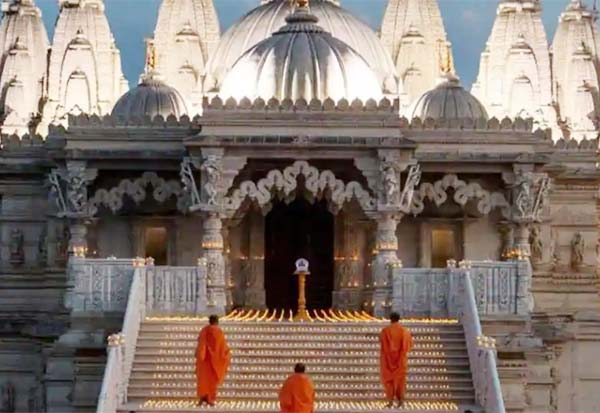 லண்டன் கோவில் வெள்ளி விழா; இளவரசர் சார்லஸ் சிறப்பு செய்தி Gallerye_014015521_2599401