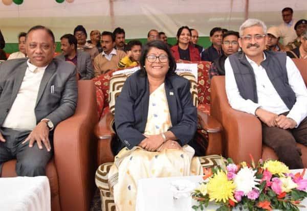 புற்றுநோய் நோயாளிகளுக்கு சேவை: பத்மஸ்ரீ விருது பெற்ற தமிழக டாக்டர் Gallerye_143400482_2467722