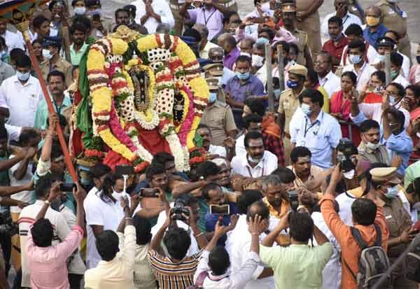 தி.மலையில் பக்தர்கள் இல்லாமல் முதல் முறையாக நடந்த தீப விழா Gallerye_190047963_2661734
