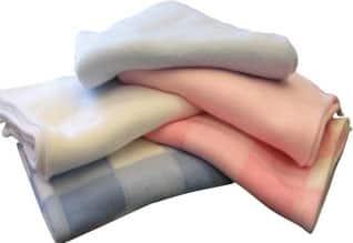 இப்படியும் ஒரு மனிதாபிமான மனிதர்!,Woman to donate 400 blankets for settling accident case