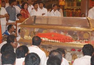 Bhagwan, Sathya, Sai, Baba, passes away, பகவான், சத்ய, சாய், பாபா,சித்தியடைந்தார் , காலமானார்.