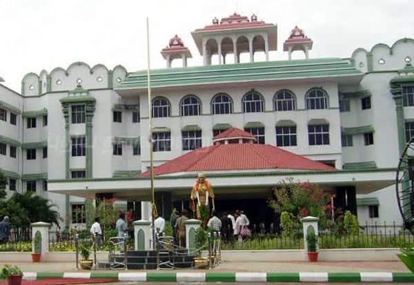 உன்னத பணியில் உயர்நீதிமன்ற மதுரை கிளை | Dinamalar Tamil News
