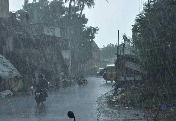 தமிழ்நாடு வானிலை,  கனமழை,  சென்னை வானிலை மையம்,  சென்னை வானிலை , வெப்பசலனம் , புதுச்சேரி மழை,  புதுச்சேரி வானிலை, தமிழகம் மழை, மழை, தமிழகம்,Chennai meteorological center,  Tamil Nadu Weather, Heavy rain, Chennai Weather center, Chennai Weather, Pondicherry Rain, Puducherry Weather, Tamil Nadu Rain, Rain, Tamil Nadu,