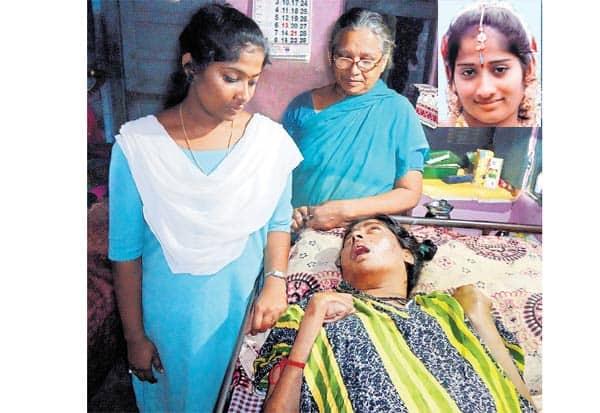 'ஆரிராரோ.. ஆராரிராரோ...' 18 ஆண்டுகளாய் காத்திருக்கும் மகள் : படுக்கையில் கிடக்கும் மகளுக்கான பாசப்போராட்டத்தில் தாய்