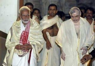 கடவுளை வைத்து அரசியல் செய்யும் பா.ஜ., : சசிதரூர் கடும் ...